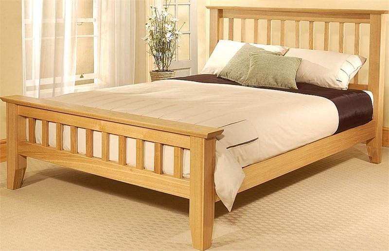 wooden beds modern and traditional wood frames. Black Bedroom Furniture Sets. Home Design Ideas
