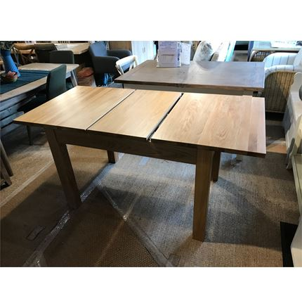 EX DISPLAY Milano (Opus) Oak Extending Dining Table